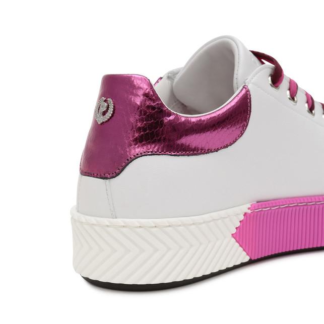 Sneakers Photo 4
