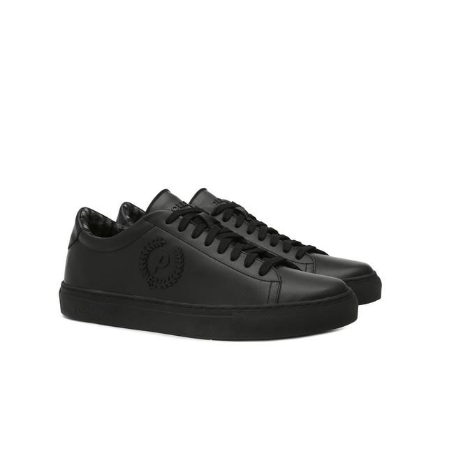 Sneakers Photo 2