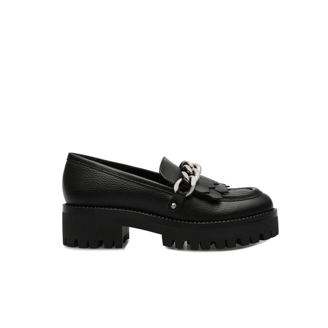 Loafers Photo 1