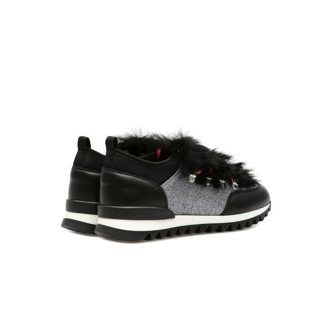 Sneakers Photo 3