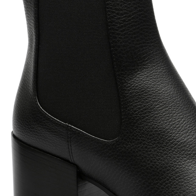 Ankle boots Photo 5