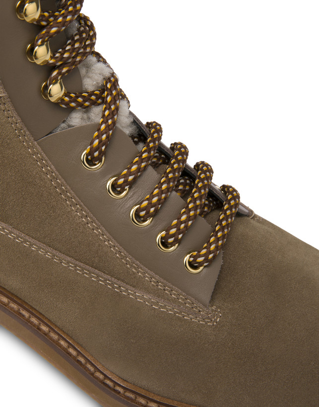 Frost Line suede leather and calfskin ankle boots Photo 5