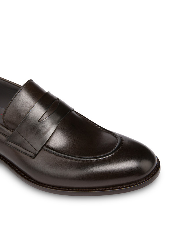 Classic Leather moccasins in calfskin Photo 5