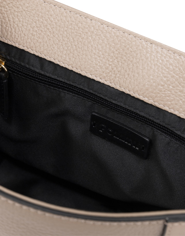 Giulietta Clamp tumbled calfskin handbag Photo 5