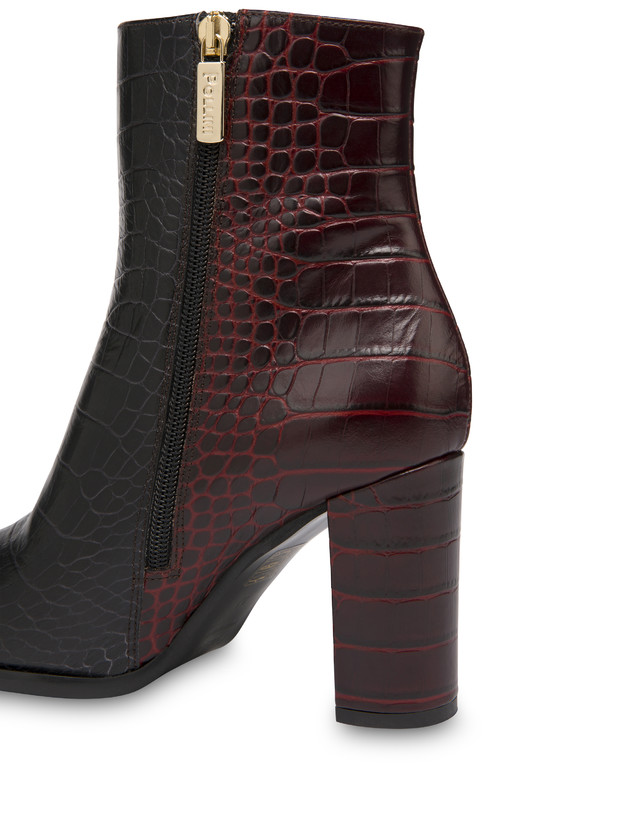 The Woman In Boots crocodile print calfskin ankle boots Photo 4
