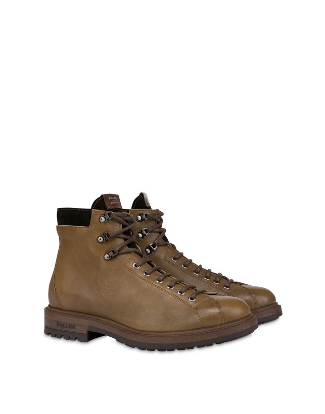Climber combat boots in crust leather and kidskin Photo 2