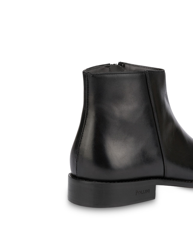 Classic Leather calfskin ankle boots with zipper Photo 5