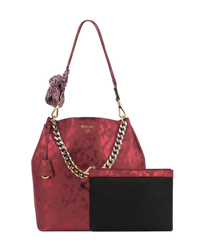 Darlene Chic laminated suede hobo bag Photo 5
