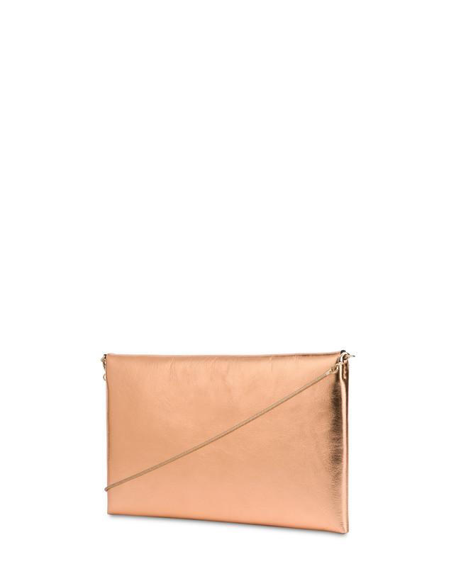 Mail pochette in laminated calfskin Photo 3