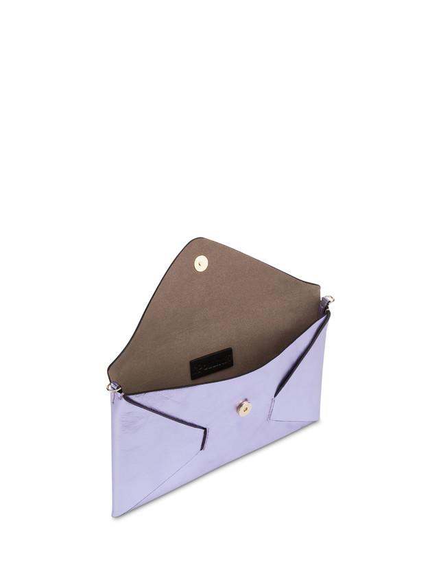 Mail pochette in laminated calfskin Photo 4