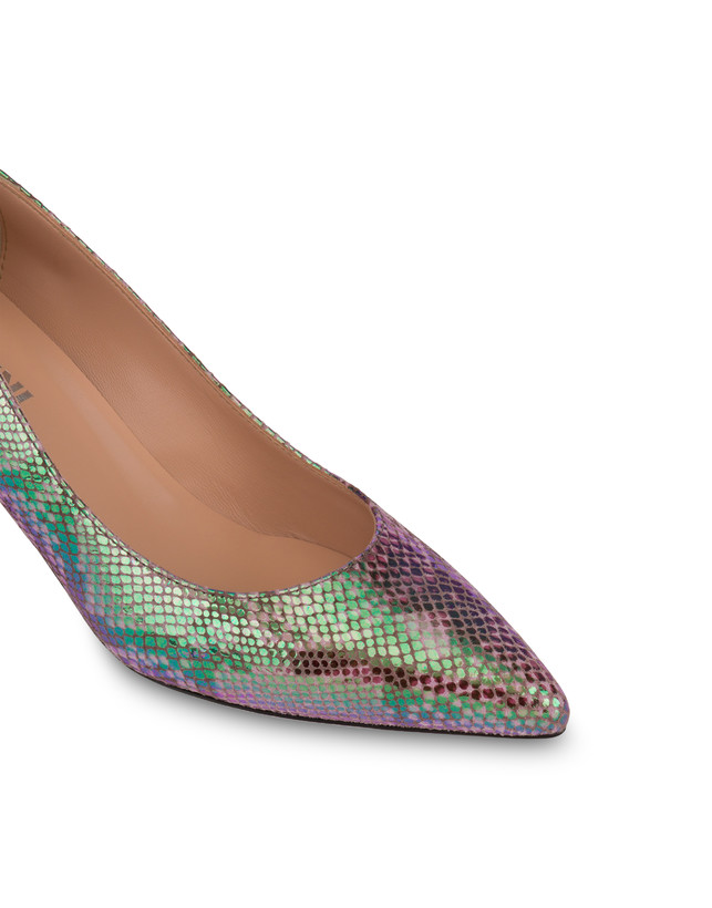 Annabelle pump with iridescent python print Photo 4