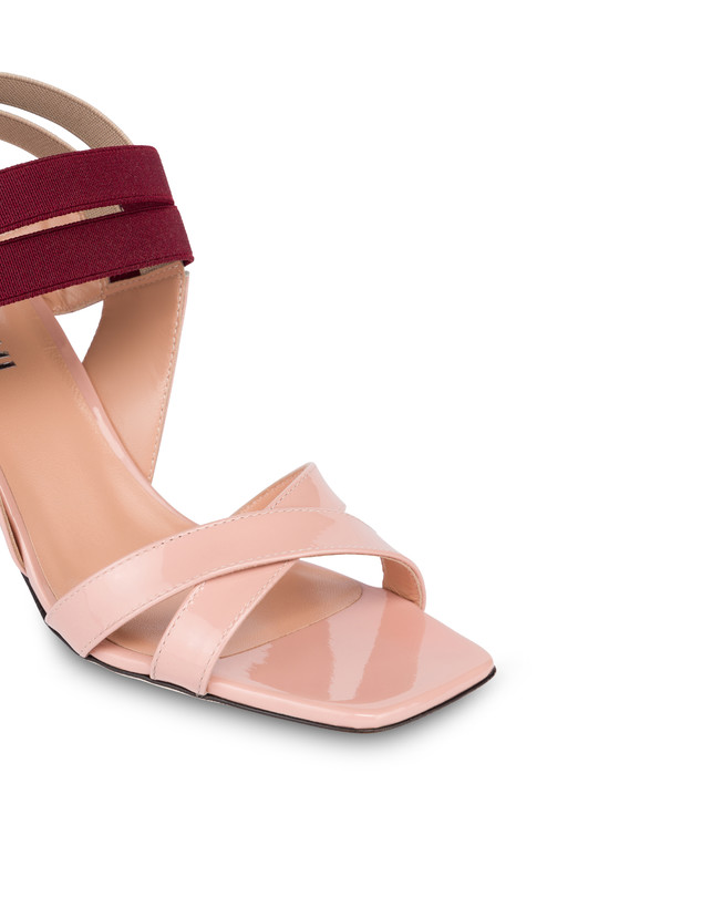 Greek Cross high patent leather sandals Photo 4