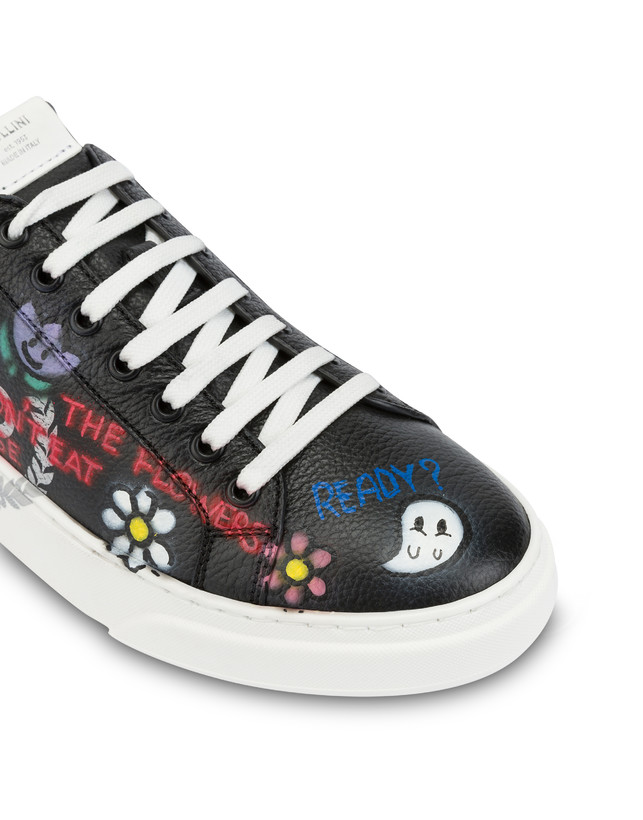 Black leather 'Please don't eat the flowers' sneakers Photo 6