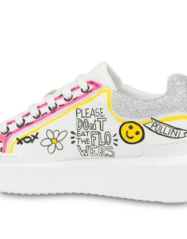 'Please don't eat the flowers' sneakers Photo 4
