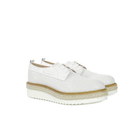 Derby shoes White