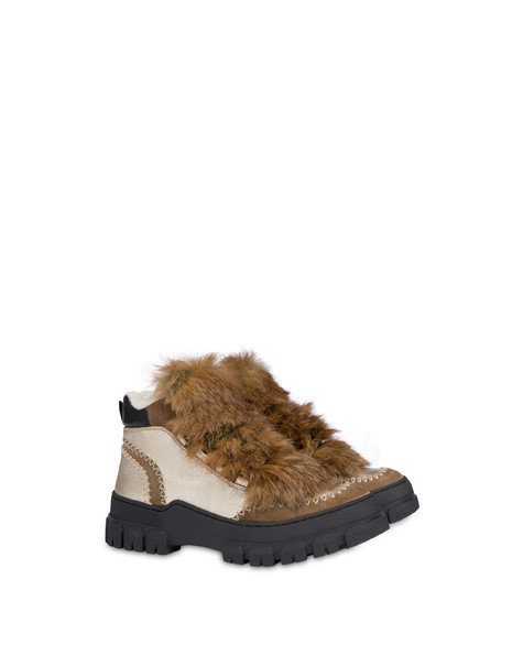 Winter Sound laminated drummed calfskin desert boot EARTH/PLATINUM/NATURAL