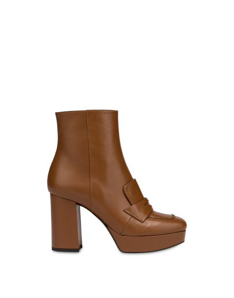 Victoria Station calf leather ankle boots WAFER