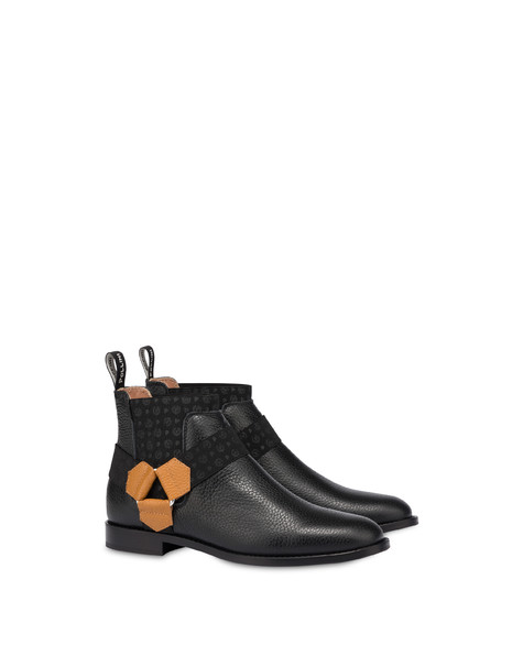 Beatles in Montains Horse Riding calfskin BLACK/WAFER